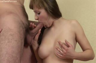 Любительское порно грудастой женушки с мужем