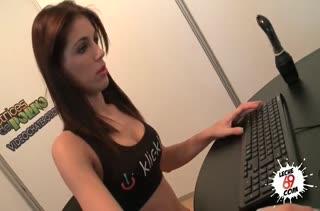 Красотка Carol Vega не против посниматься в порнухе