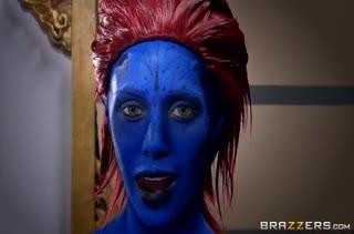 Синяя Мистик устроила трахалку с Росомахой и Циклопом