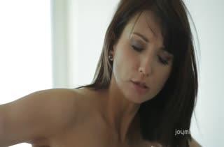 Молодые Katie Jordin и Sally Charles испытали нереальный секс