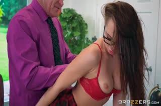 Студентка Aidra Fox устроила порно с преподавателем