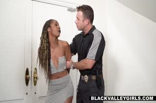 Misty Stone под домашним арестом наказали за попытку побега