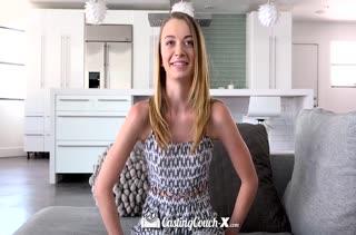 Худая блондинка проходит беспощадный порно кастинг
